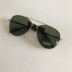 NWT Banana Republic Factor Aviator Sunglasses